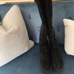 Over the knee suede Born boots